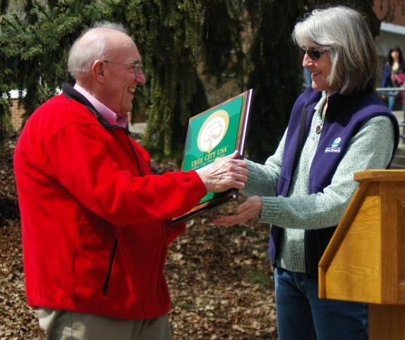 Cheney Tree City award 042811 D