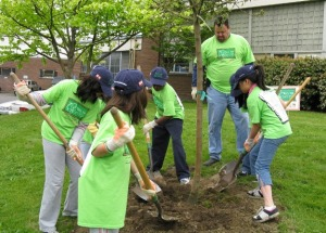 Arbor Day Planting with kidscomp-1